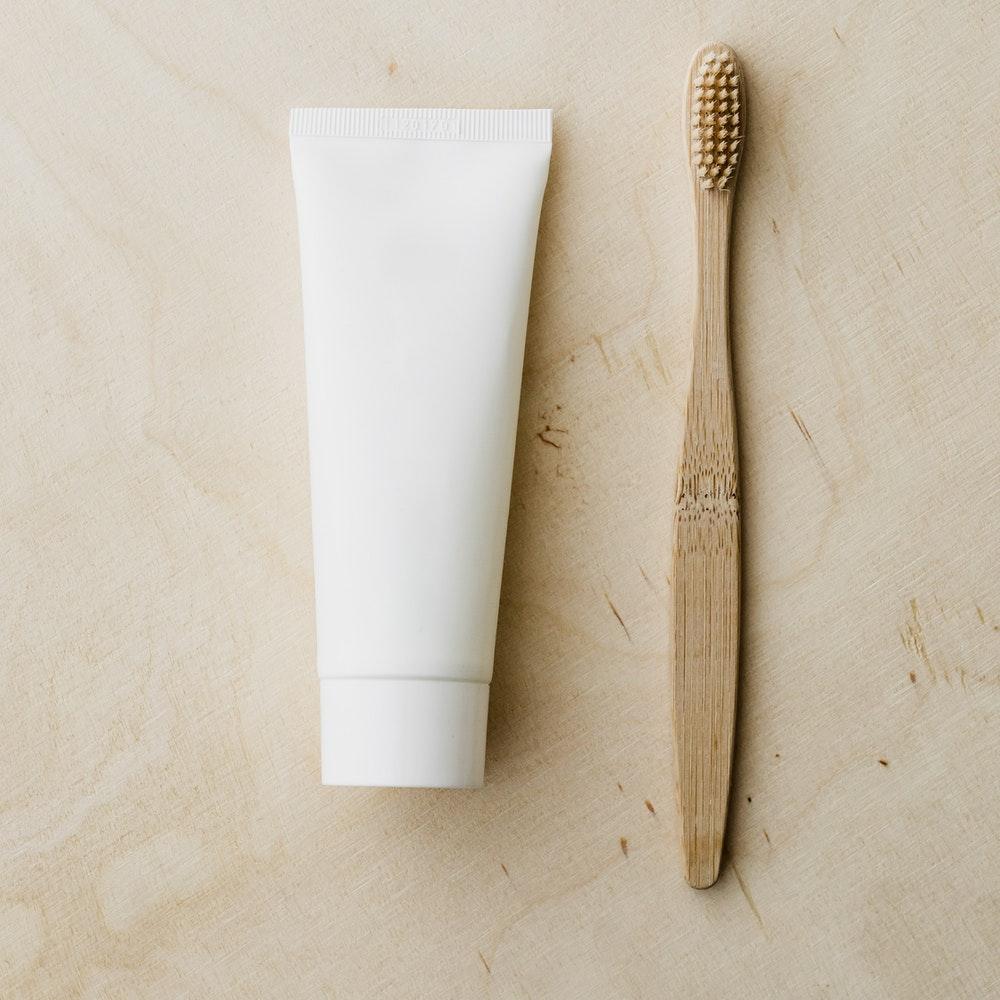 Tips: byt till klimatvänlig tandborste